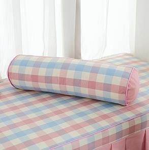 粉色格子圆柱抱枕