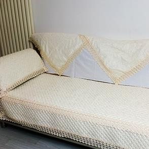 黄色纹路沙发垫