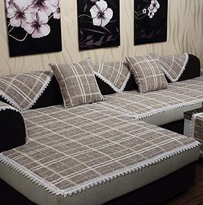 灰色格子沙发垫