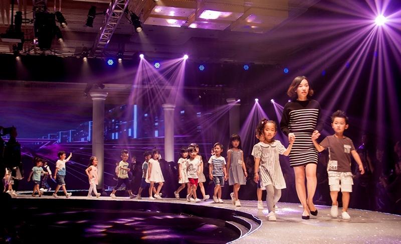 2017秀场偶像国际少儿模特大赛全国启动 - 中国星方向