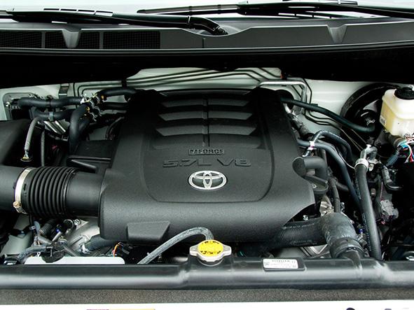 dohc v8发动机采用丰田颇具声誉的vvt-i可变气门正时系统,最大马力