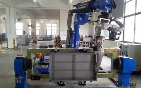 台工业机器人诞生,1969年通用汽车安装了全球首台机器人点焊加工系统