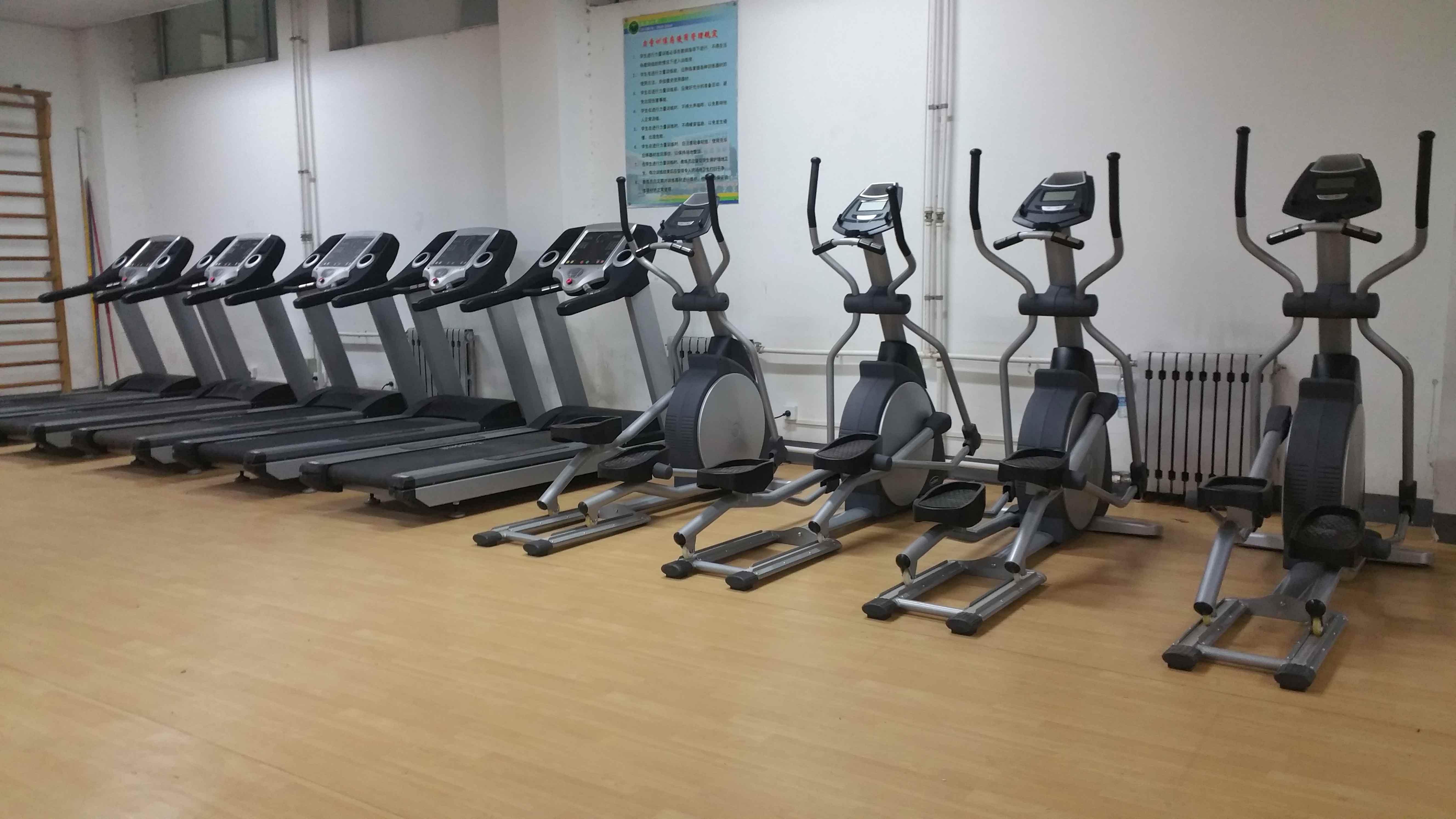 健身器材有哪些_健身房健身器材多少钱?