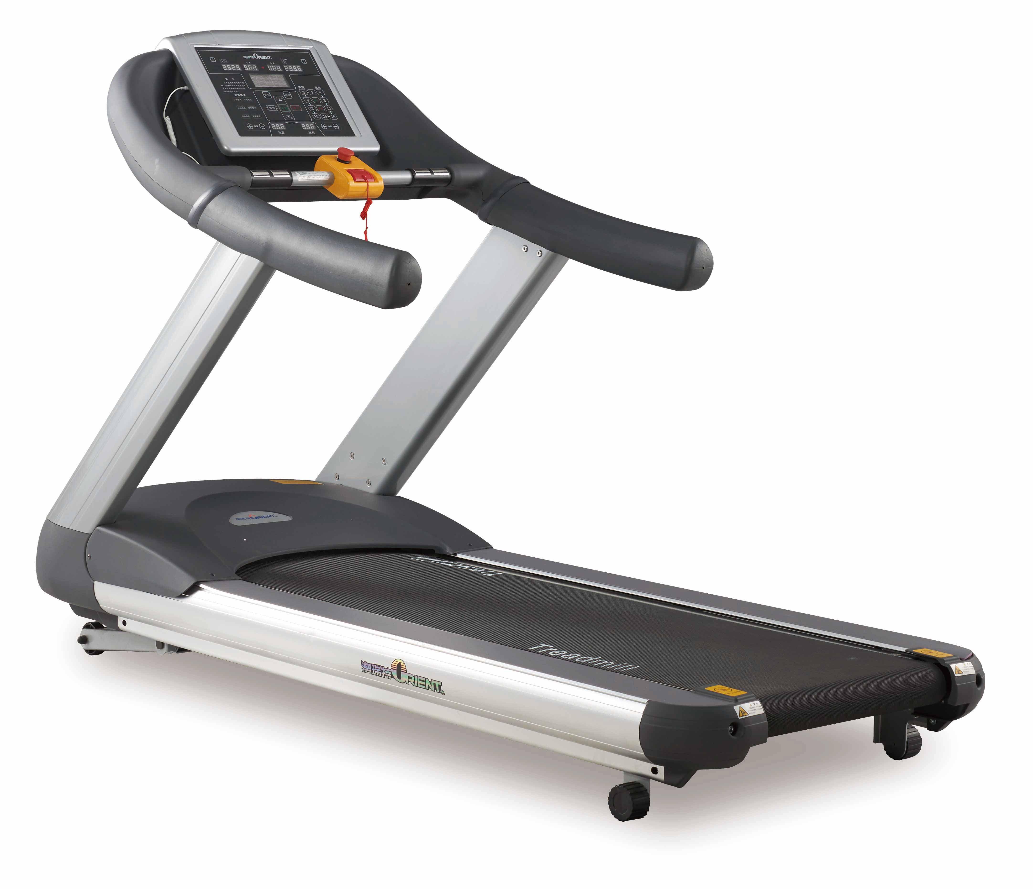 有氧运动能锻炼心、肺,使心血管系统能更有效、快速地把氧传输到身体的每一个部位。通过经常的有氧运动锻炼,人的心脏会更健康,脉搏输出量就更大些,身体每部分的供氧就不需要很多的脉搏数。一个有氧运动素质好的人可以参加较长时间的高强度的有氧运动,他(她)的运动恢复也快。    同样是有氧器材,那么跑步机、动感单车和椭圆机哪个器材锻炼效果好呢?
