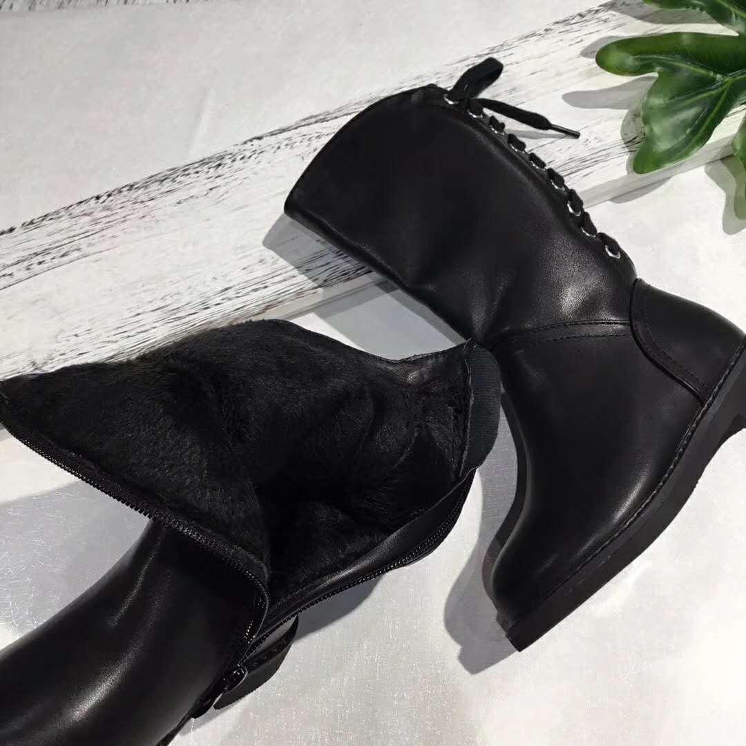 潮款爆版童靴