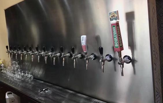 啤酒龍頭墻(冷庫啤酒墻)