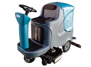 YT7驾驶式洗地机