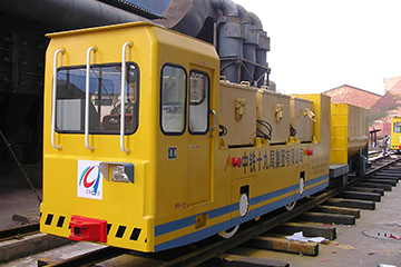 JXKB系列直交变频蓄电池工矿电机车