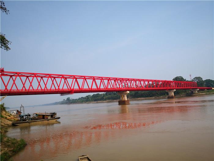 中国应急承建的玻利维亚圣母河大桥竣工通车