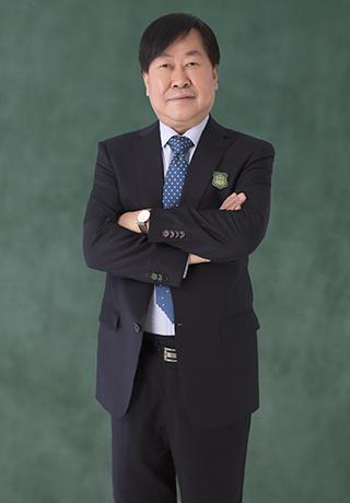 张裕云校长