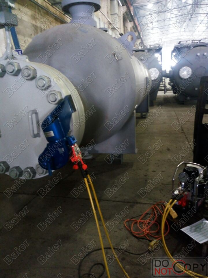 石油承包公司,出口国外炼化公司管式凝化器-Baier液压扳手