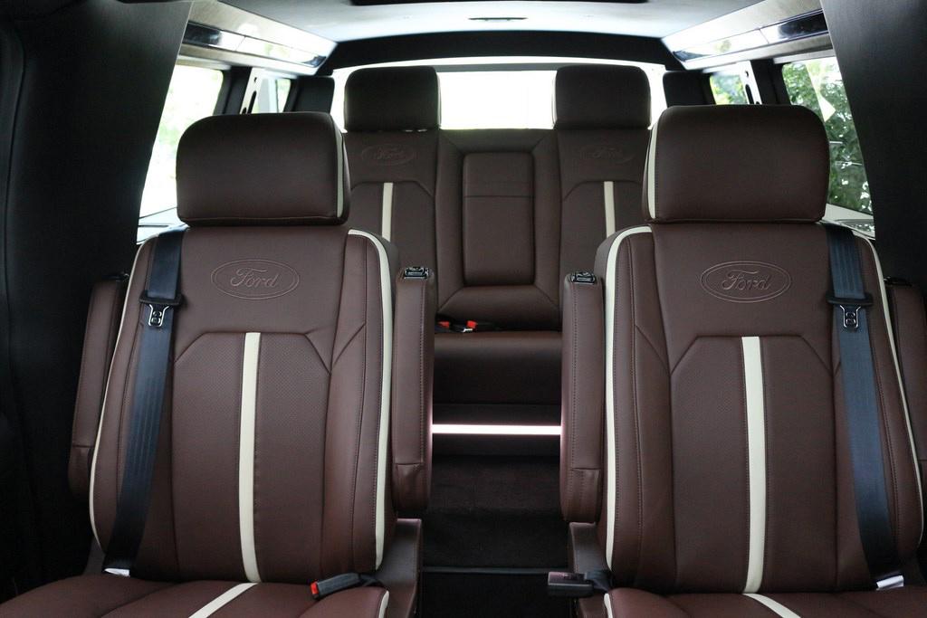福特|七座全尺寸SUV