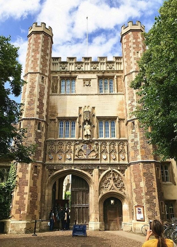 实记丨2017英国夏令营六月宜宾团—名校深度探访:跟着学霸玩转牛津剑桥