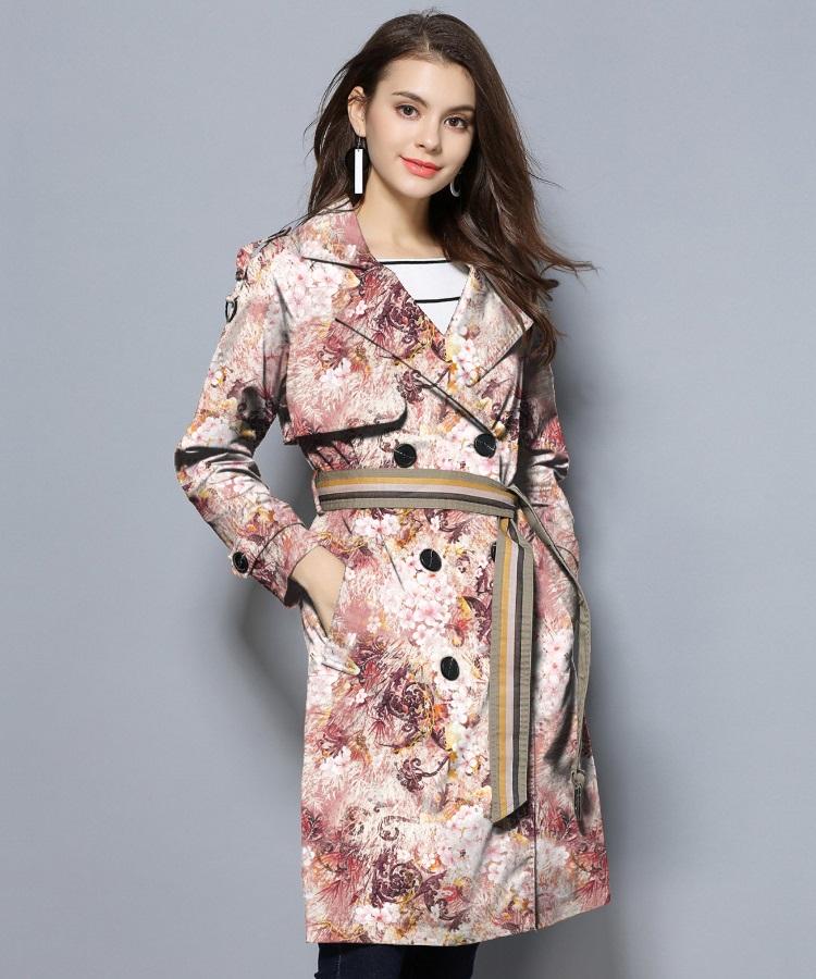 粉色花琼纹理服饰