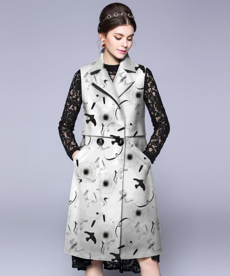 黑白轮廓燕雀花卉
