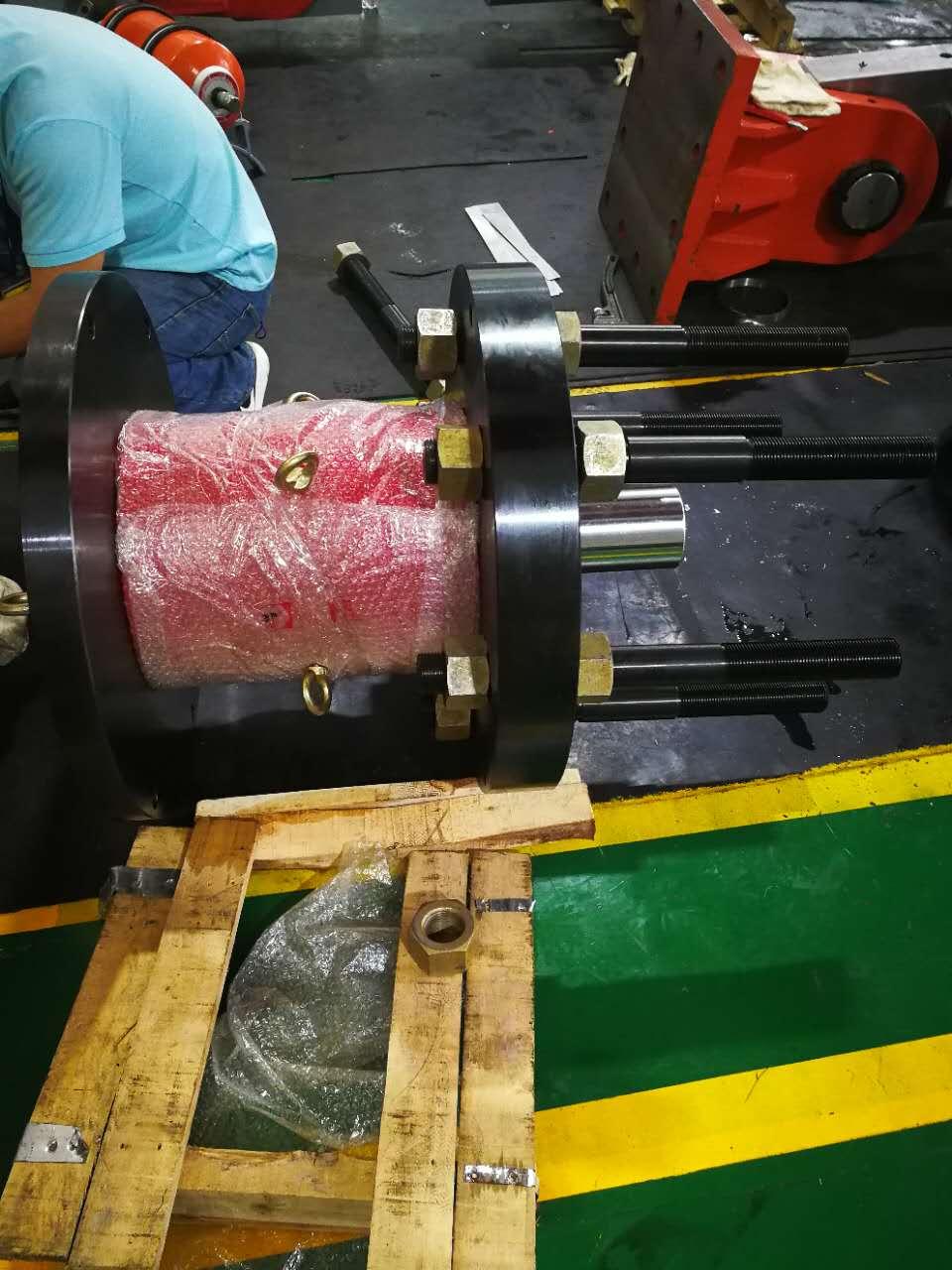 我拜尔公司为国家某重点实验室定制特制油缸系统