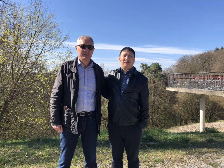 拜尔集团董事长顾斌先生在德国总部考察学习