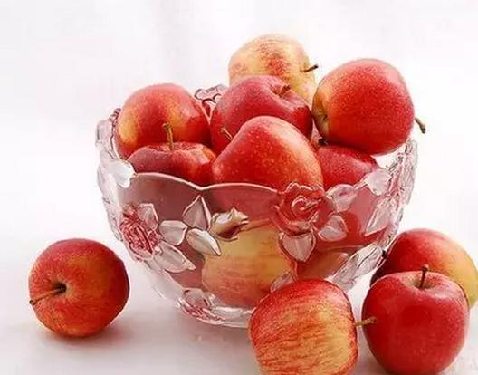 宝宝初尝苹果在什么时候最合适?
