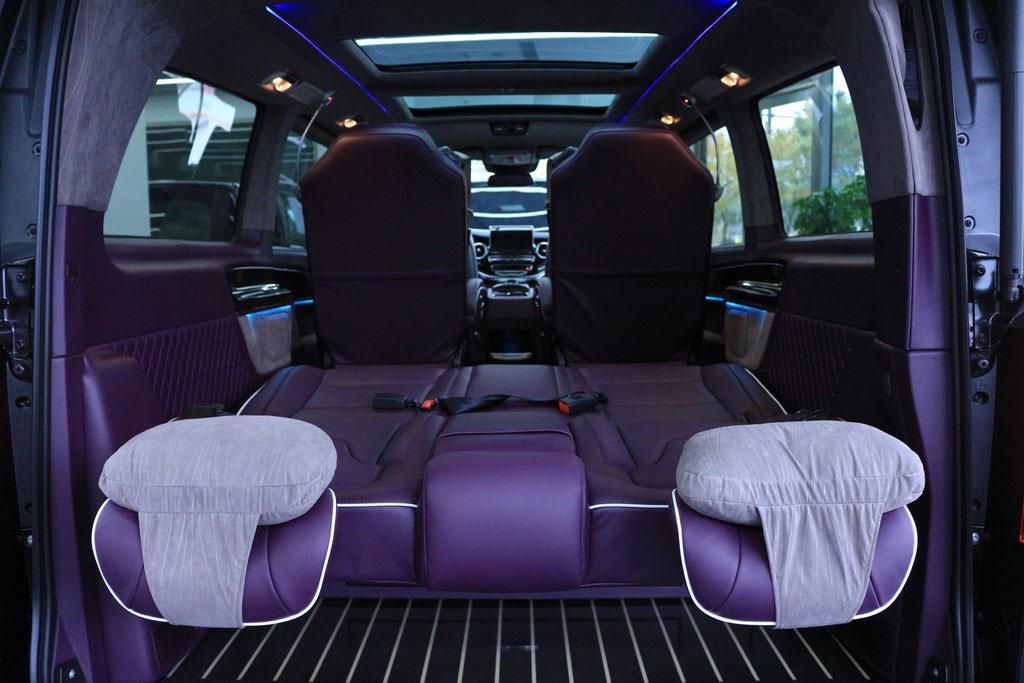 奔驰|v260商务房车阿斯顿马丁同色樱桃紫