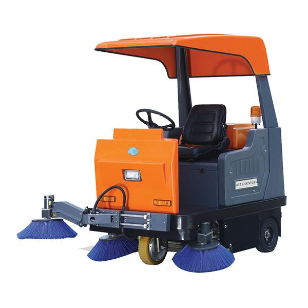 NSL-140驾驶式扫地车