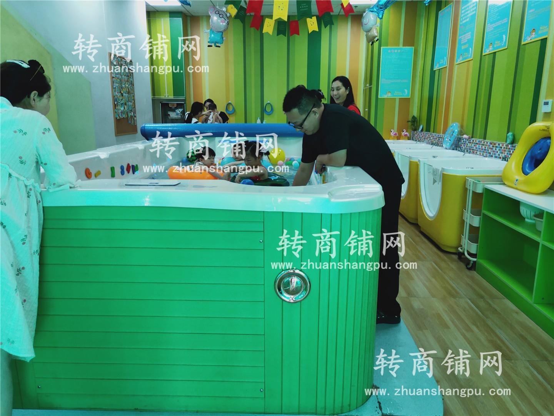 汉阳万人小区可做/餐馆店面空转