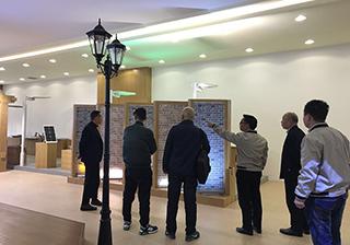 河南商会企业家考察龙8国际最新官网,并高度认可