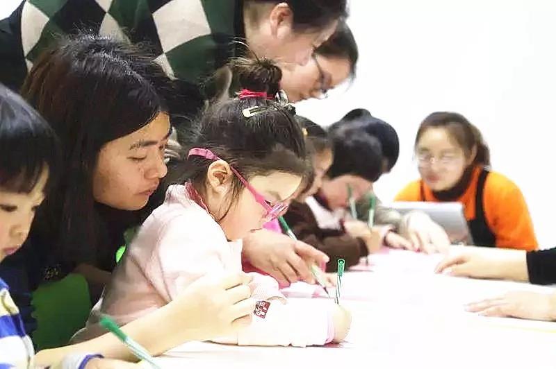 因全脑教育成就美丽人生  日本17岁少女破3项亚洲纪录