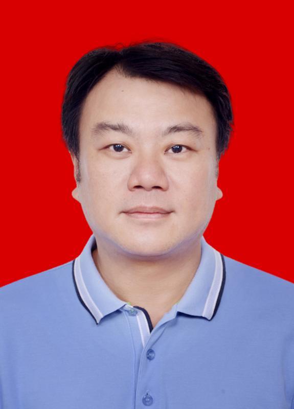 洪锦伟先生