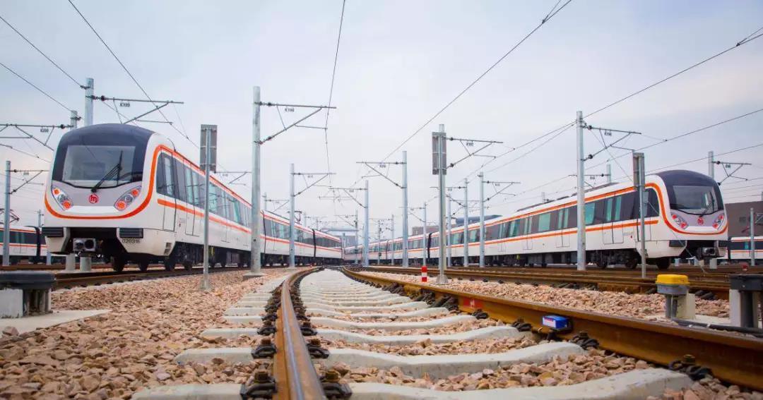 杭州地铁2号线27日起全线贯通,今后手机扫码就能乘车