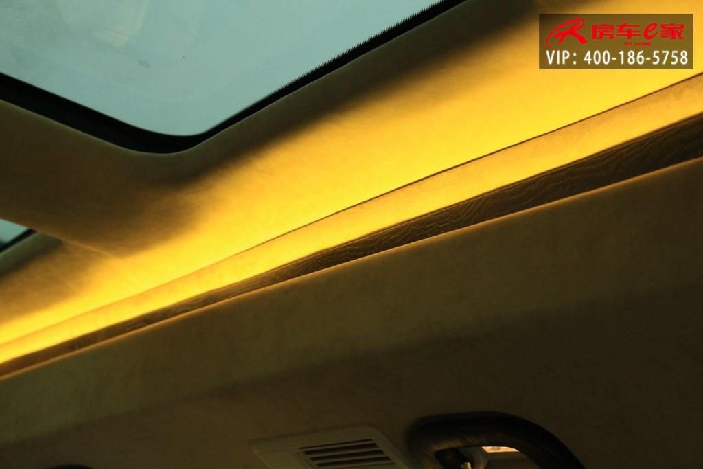 新款奔驰v260l商务车v级mpv高顶不隔断
