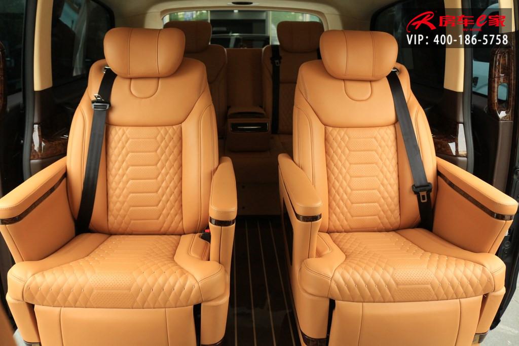 奔驰V260l和奔驰V250l商务车有啥区别?