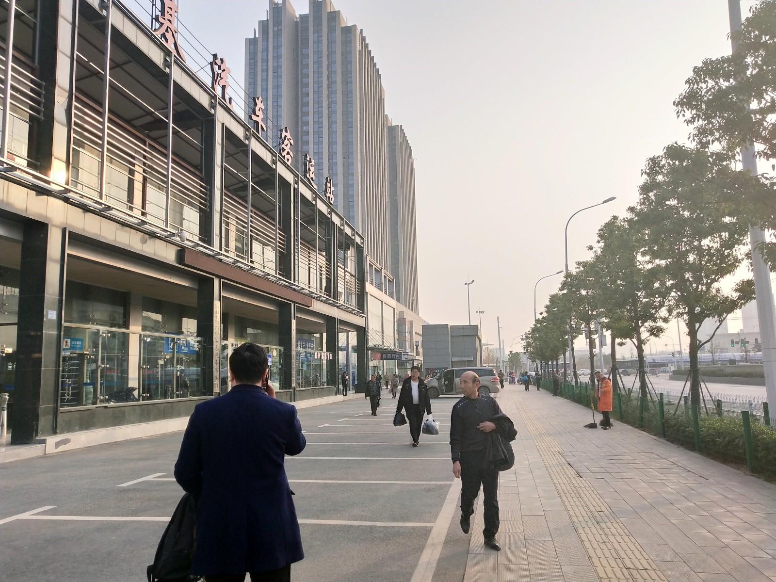 武昌火车站30㎡小吃店急转/无行业限制