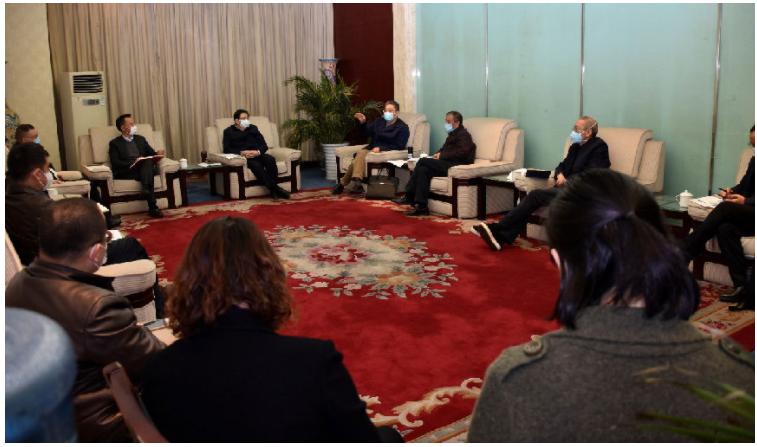 星慧集團總裁拜會成都中醫藥大學領導共謀集團新發展
